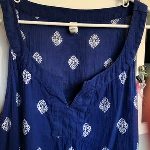 Sleeveless blouse. Blue. XL v neck